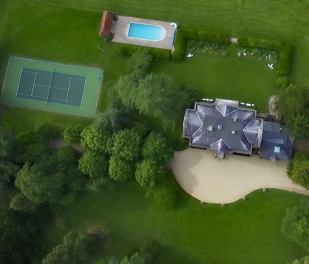 Panoramic Aerial shot of Ardington House